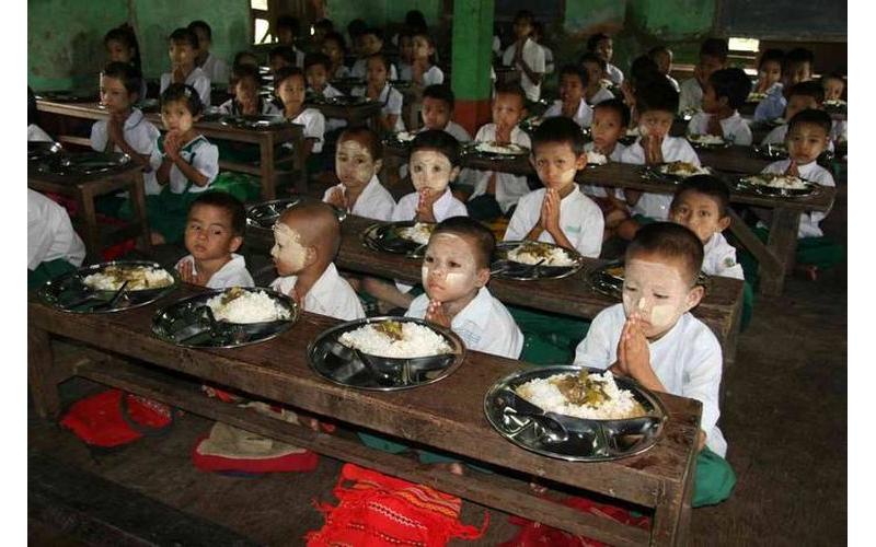 Burma Kinder 02/02