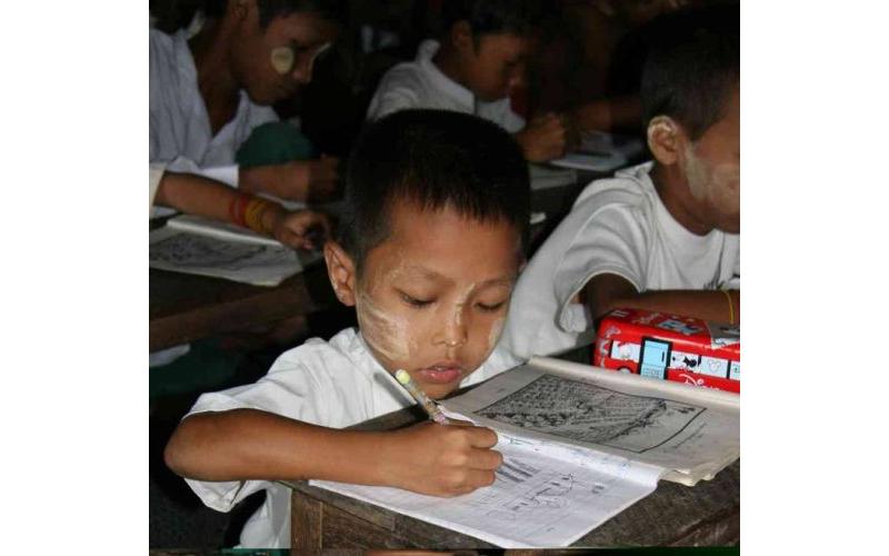 Burma Kinder 01/02